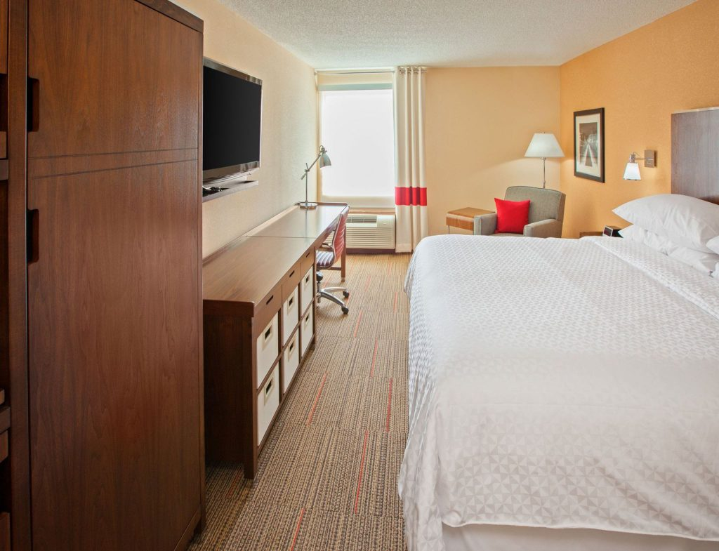 Hospitality - Fairfield Inn & Suites Chattanooga King