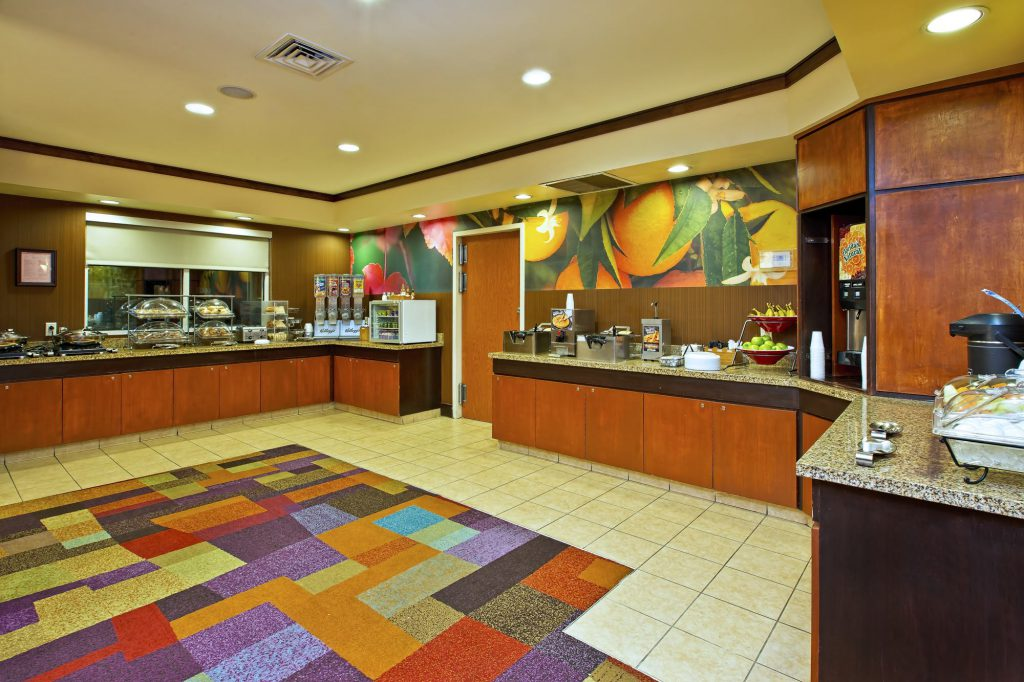 Hospitality - Fairfield Inn & Suites East Ridge Breakfast
