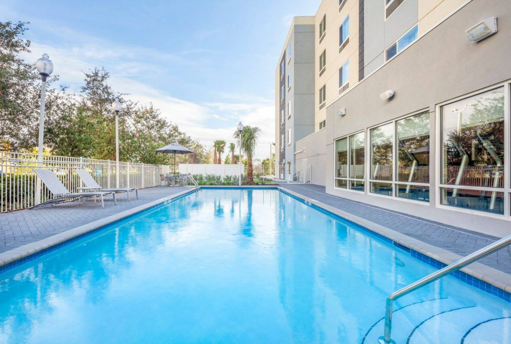 Hospitality - TownePlace Suites-Altamonte Springs-Pool
