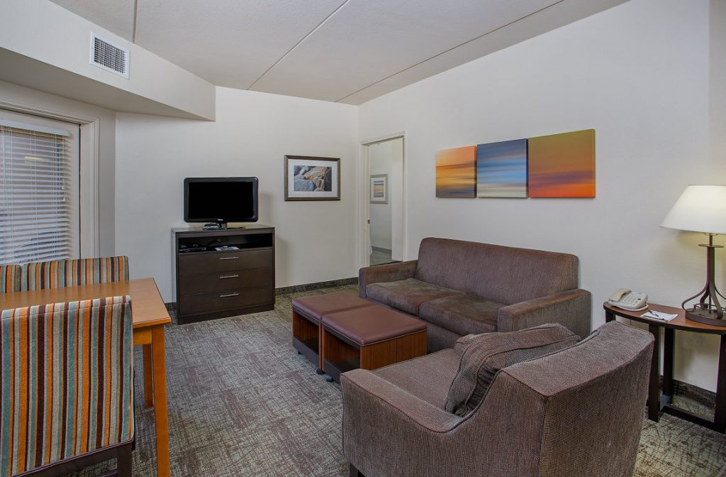 Hospitality - Staybridge Suites Chattanooga Downtown Living