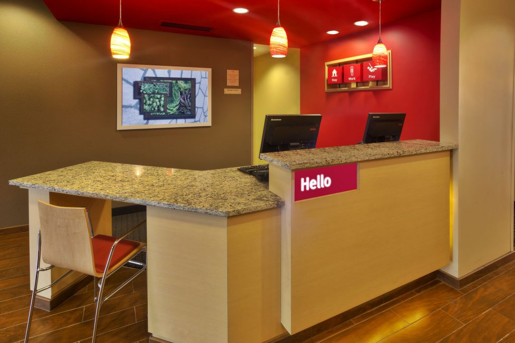 Hospitality - TownePlace Suites Franklin Cool Springs Check In