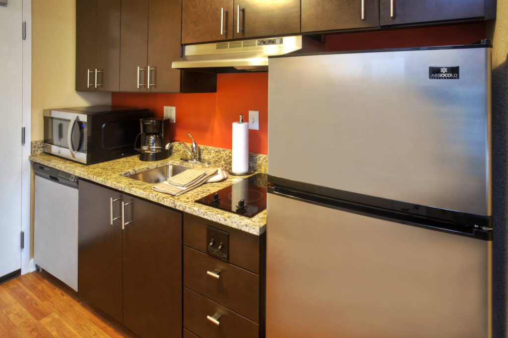 Hospitality - TownePlace Suites Franklin Cool Springs Kitchen
