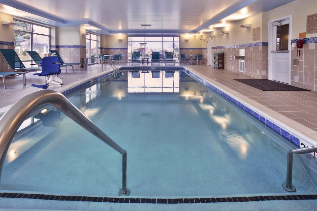 TownePlace Suites Franklin Cool Springs Pool